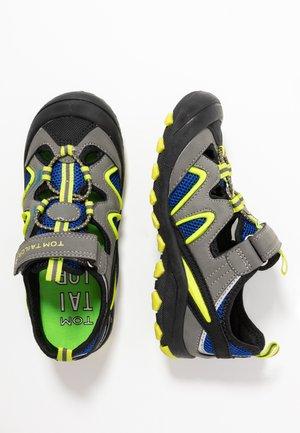 Sandalias de senderismo - coal/royal/lime