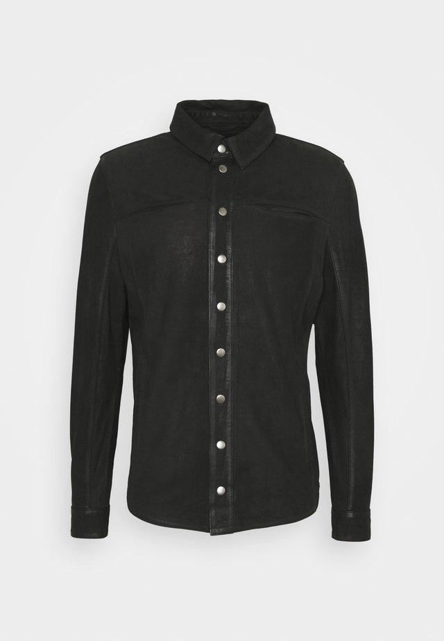 TENNER - Koszula - black