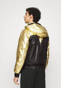 Just Cavalli - KABAN - Light jacket - gold - 2