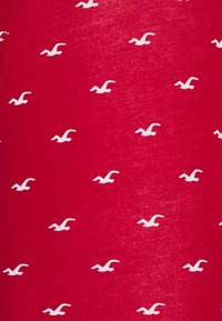 Hollister Co. - CORE PATTERN 3 PACK - Boxerky - red - 6