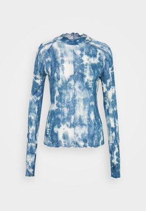 PRINTED HIGH JUMP - Langærmede T-shirts - sky