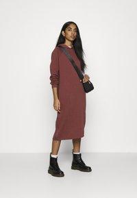 Noisy May - NMHELENE DRESS - Day dress - hot chocolate - 1