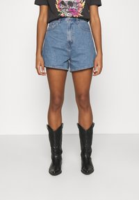 Levi's® - HIGH LOOSE - Short en jean - blue denim - 0
