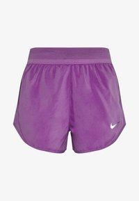 Nike Performance - SHORT RUNWAY - Korte sportsbukser - purple/vivid purple/white - 4
