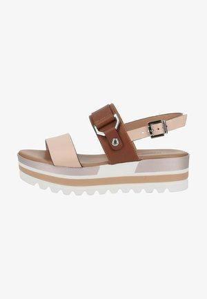 Sandalen met plateauzool - cipria