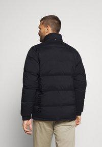 Columbia - ROCKFALL JACKET - Down jacket - black - 3