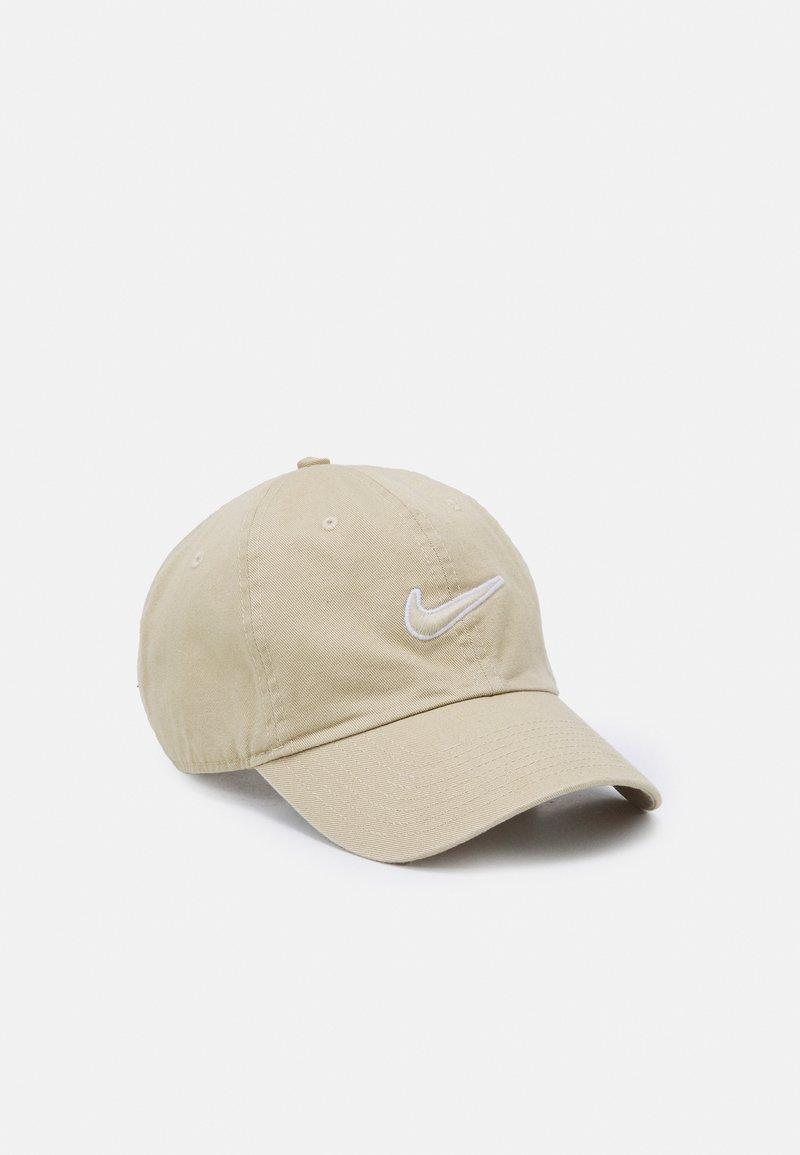Nike Sportswear - WASH UNISEX - Keps - grain