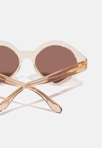 VOGUE Eyewear - NEW YORK - Sunglasses - transparent peach - 2