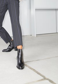 See by Chloé - ANNYLEE - Classic ankle boots - black - 5
