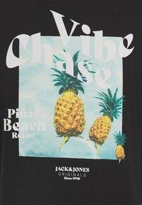 Jack & Jones - T-shirt med print - black - 2