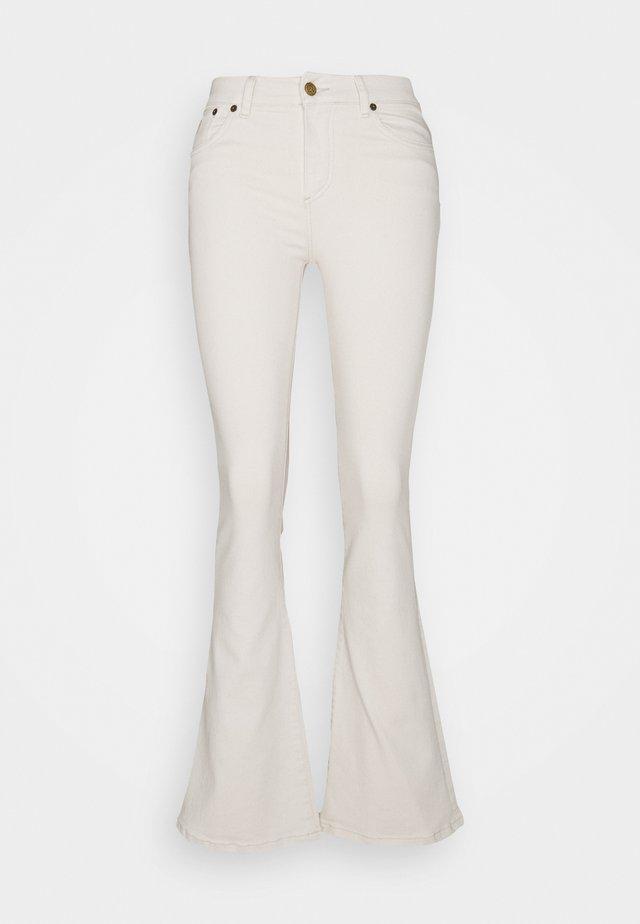 RAVAL - Jeans a zampa - rinse