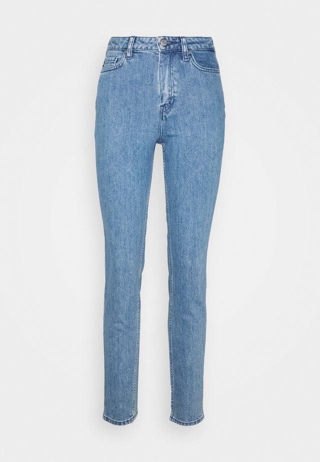GRAMERCY TAPERED - Jeansy Relaxed Fit - lizz