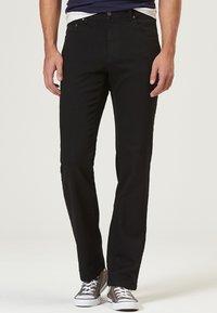 Pioneer Authentic Jeans - HERREN MEGAFLEX RANDO - Straight leg jeans - black - 0