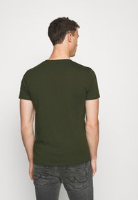 LTB - 2 PACK - T-shirts - bordeaux/ olive - 3