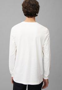 Marc O'Polo DENIM - Long sleeved top - scandinavian white - 2