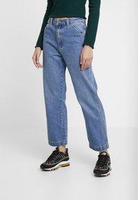 Abrand Jeans - A VENICE  - Straight leg jeans - blue dreams - 0