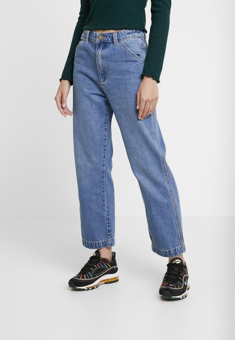 Abrand Jeans - A VENICE  - Straight leg jeans - blue dreams