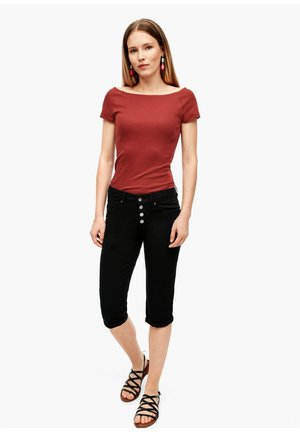 CAPRI - Shorts - black