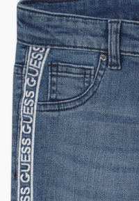 Guess - JUNIOR SKINNY - Jeans Skinny - light-blue denim - 3