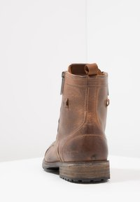Pepe Jeans - MELTING ZIPPER NEW - Lace-up ankle boots - tan - 3
