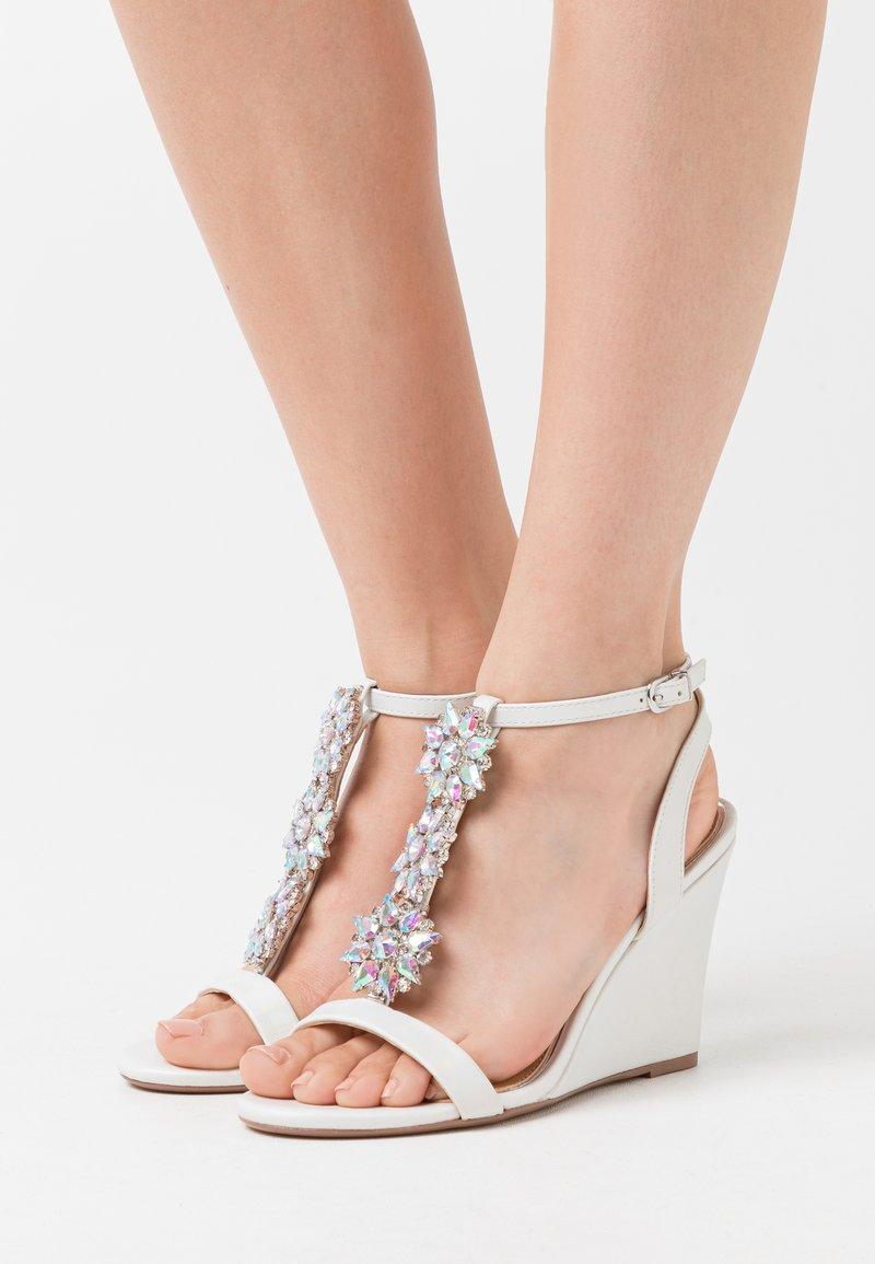 Lulipa London - LIZZIE WEDGE - High heeled sandals - white