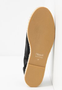 Filippa K - JOANNA STRETCH  - Espadrilky - black - 6