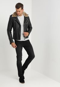 Goosecraft - GALLERY - Leather jacket - black/offwhite - 1