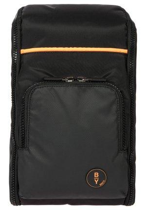 EOLO UMHÄNGETASCHE 37 CM - Across body bag - nero