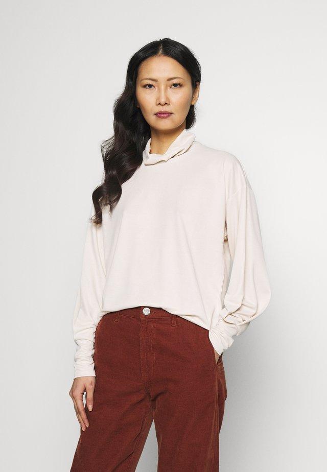 ALANOIW BLOUSE - Camiseta de manga larga - french nougat