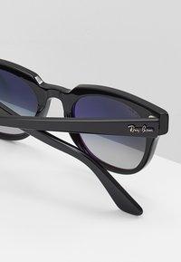 Ray-Ban - METEOR - Sluneční brýle - black - 5