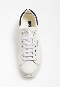 Guess - SALERNO - Trainers - white - 3