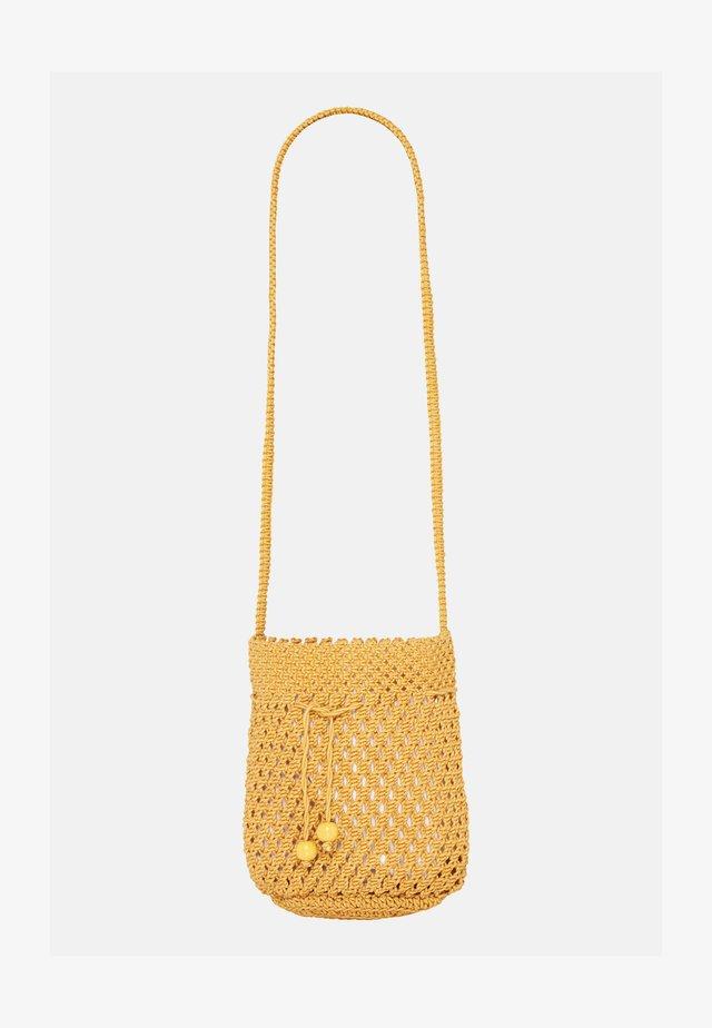 CROCHET - Beach accessory - saffron