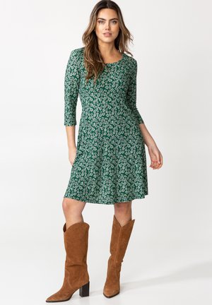BERRY  - Jersey dress - green