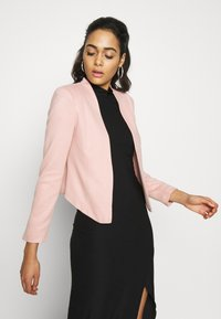 Vero Moda - VMJANEY SHORT - Blazer - misty rose