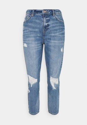 ONLTONNI LIFE BOYFRIEND - Relaxed fit jeans - medium blue denim