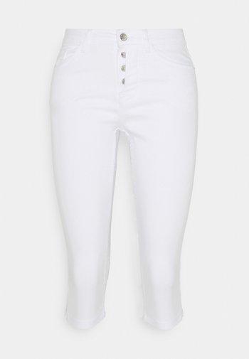 VMSEVEN BUTTON FLY - Denim shorts - bright white