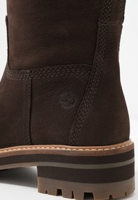Timberland - COURMAYEUR VALLEY TALL - Stiefel - dark brown - 2
