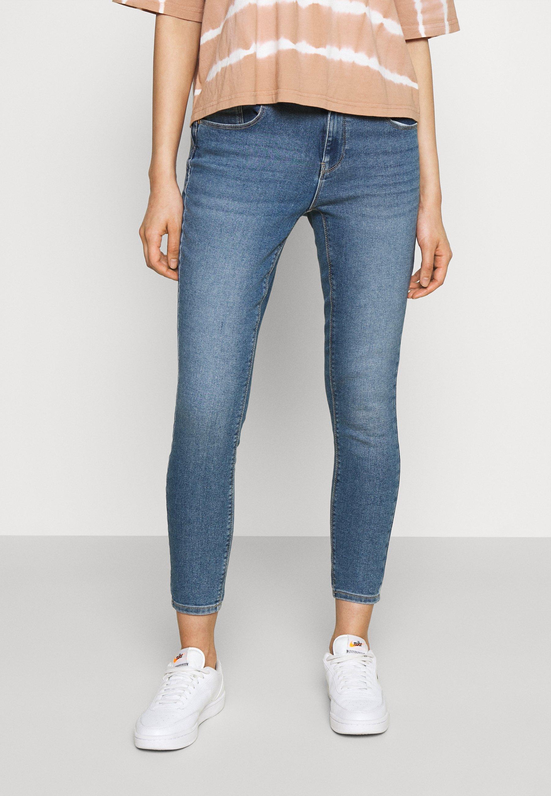 Femme ONLDAISY LIFE PUSH UP - Jeans Skinny