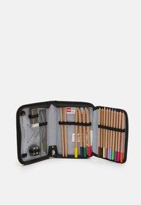Lego Bags - NIELSEN SCHOOL BAG SET UNISEX - School set - green - 6
