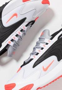 Nike Sportswear - ZOOM  - Sneakers - white/infrared 23/wolf grey/black - 6