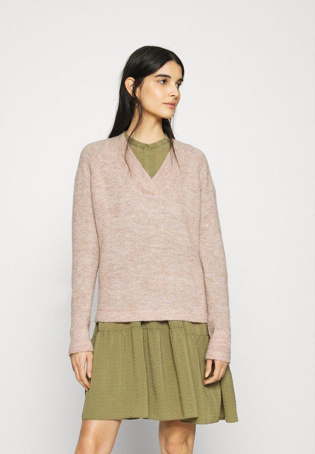 AMARA  - Sweter - natural