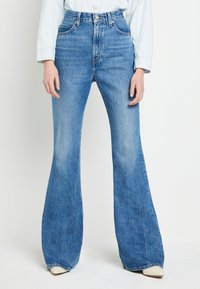 Levi's® - 70S HIGH FLARE - Flared jeans - standing steady - 0