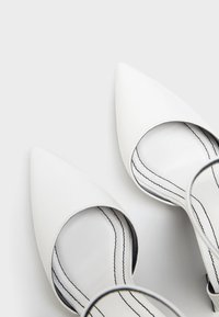 Bershka - Bridal shoes - white - 5