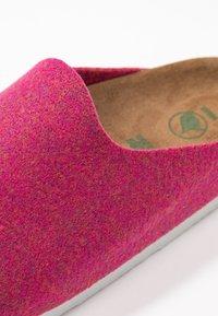 Birkenstock - AMSTERDAM - Domácí obuv - pink - 2