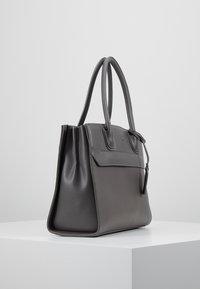 LYDC London - Håndtasker - grey - 3