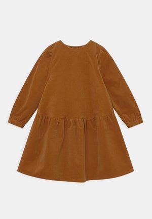 MADISON - Shirt dress - nutmeg brown