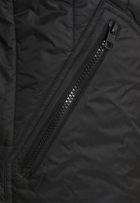 Calvin Klein Jeans - QUILTED LINER JACKET - Giubbotto Bomber - black - 2