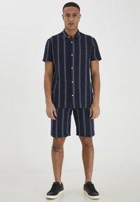 Tailored Originals - Shirt - dark sapphire - 1
