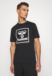 Hummel - HMLISAM - Print T-shirt - black - 3
