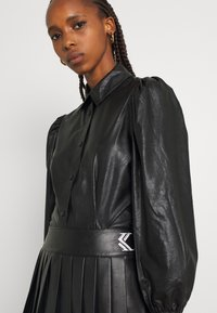 b.young - BYESONI SHIRT - Button-down blouse - black - 3